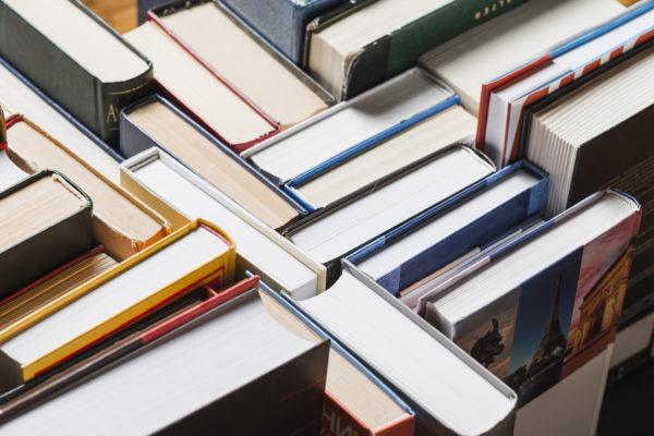 Książki, czytadła i inne literki