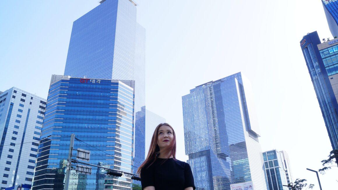 Dlaczego kobieta w mieście jest niewidzialna?